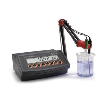 рН-метр / милливольтметр / термометр HI 2213