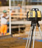 Ротационный нивелир Leica Rugby 620 комплект