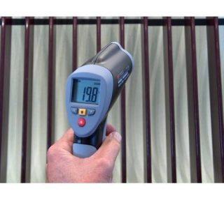 Инфракрасный цифровой портативный пирометр TQC TE1004 (с лазерным указателем)