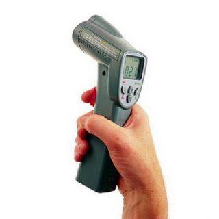 Инфракрасный цифровой термометр Elcometer 214L (с лазерным указателем)