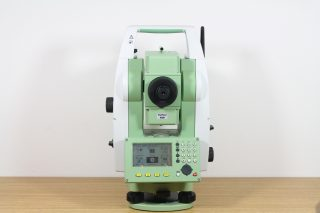 Электронный тахеометр Leica TS06plus R1000 (5″)