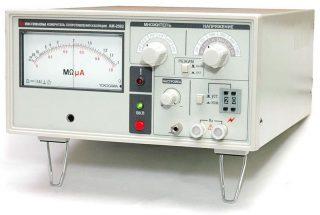 АКТАКОМ АМ-2082 — измеритель сопротивления изоляции